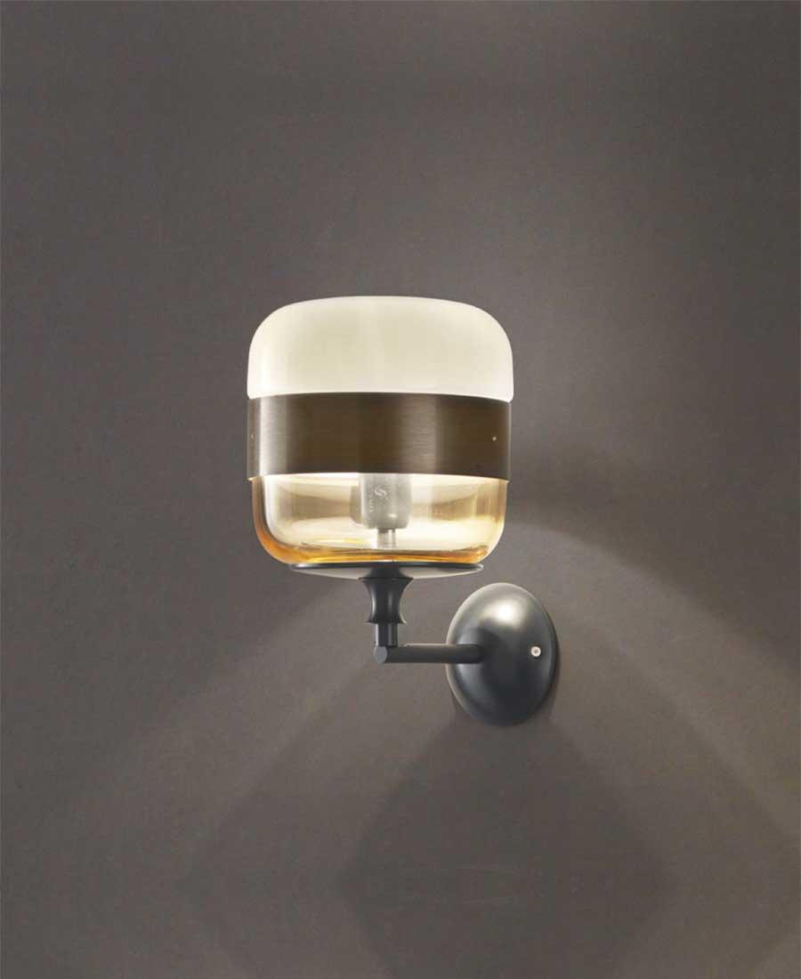 Futura-Wall-Light-by-Vistosi-1