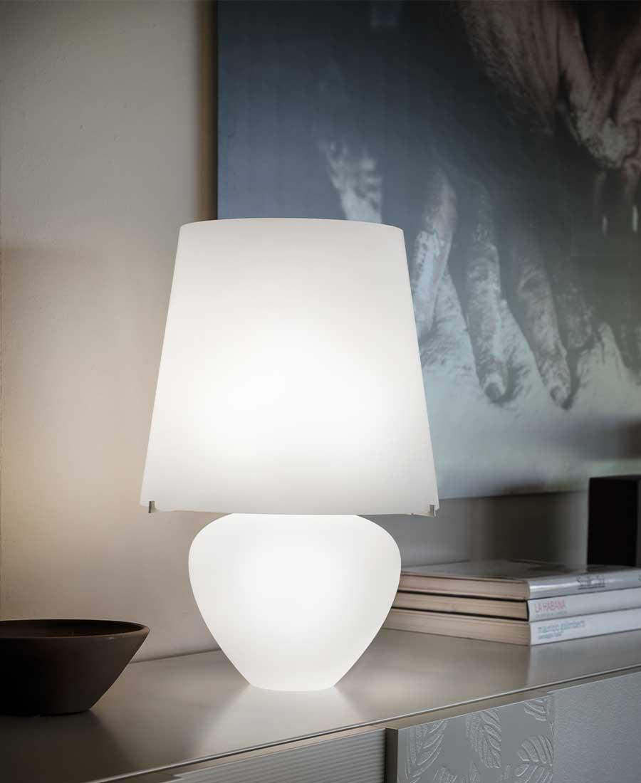 Naxos-Table-Light-by-Vistosi